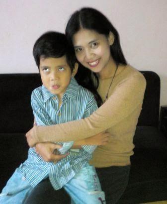 Masih belajar untuk menjadi ibu yang lebih sabar :)
