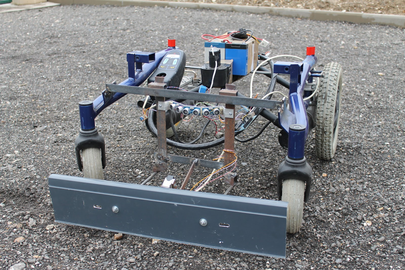 Gt diy cutflower tondeuse robot par arduino essai