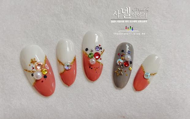 sara nail stone art