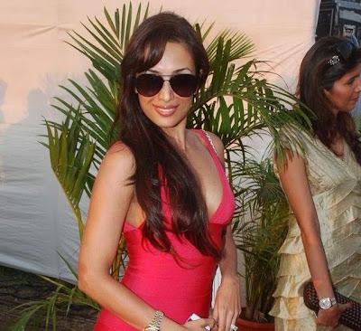malaika arora at jindal polo match actress pics