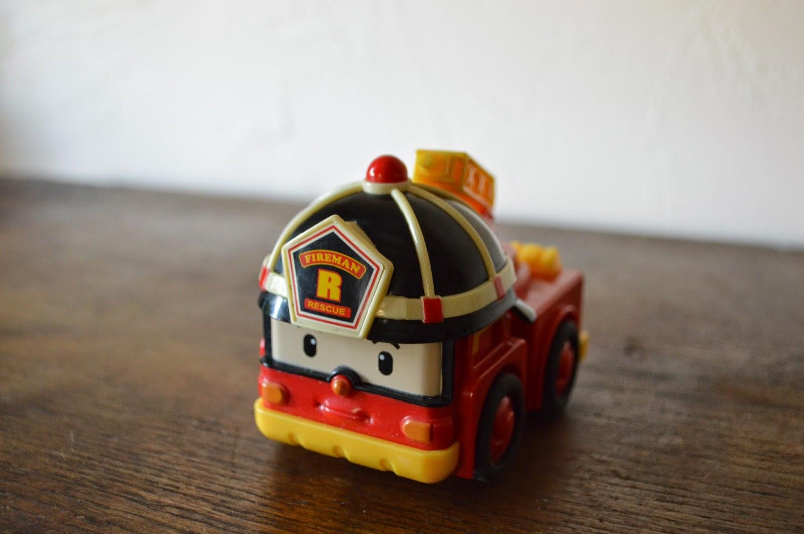 crash test robocar poli little big maman. Black Bedroom Furniture Sets. Home Design Ideas
