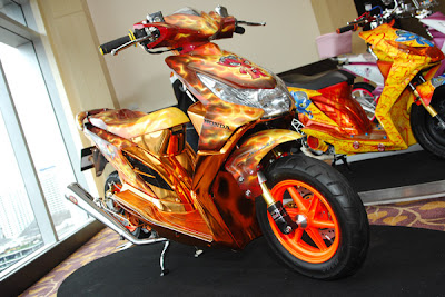 modify icon Honda Beat Air brush Kumpulan Foto Modifikasi Motor Honda Beat Terbaru 2013