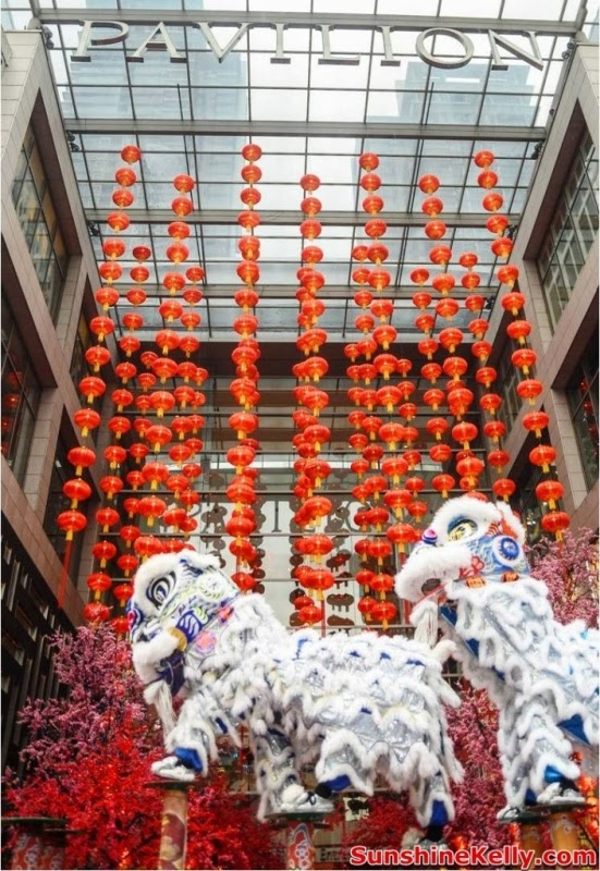 CNY 2014, cny, horses, Fortune Horses, Pavilion KL, chinese new year, 688 fortune horses, trail of fortune, gift of fortune, fortune charity, trial of fortune, shopping mall festive decoration, lion dance