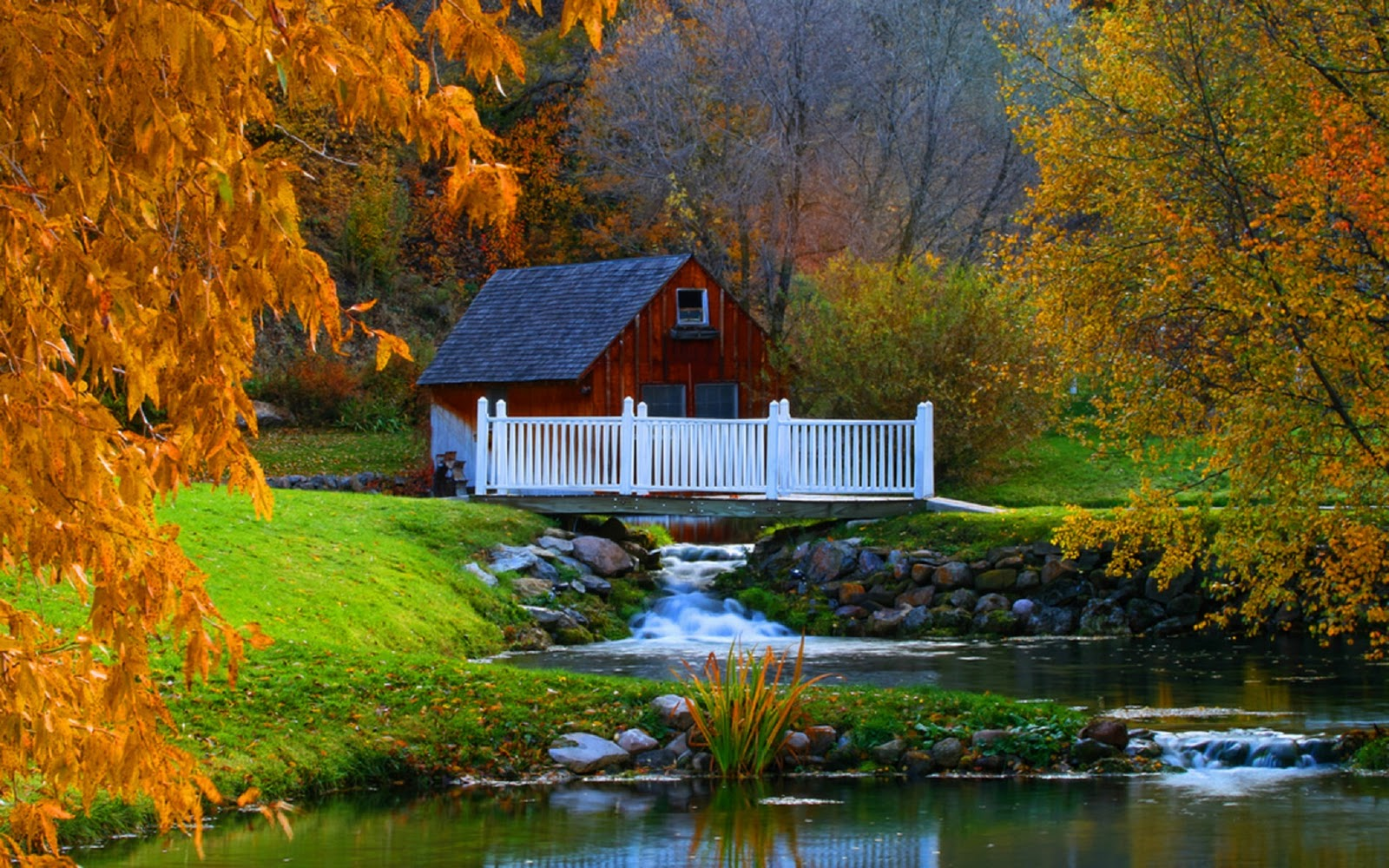Beautiful House Hd Image Of Autumn Season Hd Wallpapers Nice Wallpapers