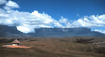 Roraima Mountain Wallpapers by cool wallpapers at cool wallpapers and cool and beautiful wallpapers