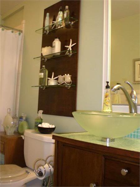 Cama soft roupas de cama em malha soft aproveitando espa os nos banheiros pequenos - Clever small bathroom designs ...