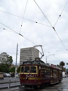 circle line tram