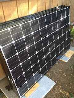 2013 Carmate 100 Solar Heated And Cooled Over The Top