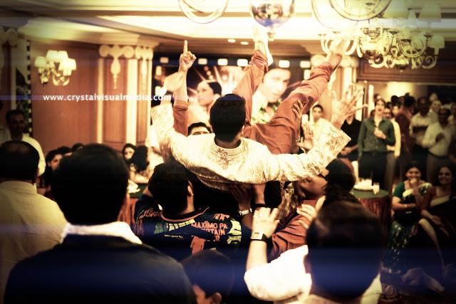 Candid wedding photography at calicut by crystal visual media