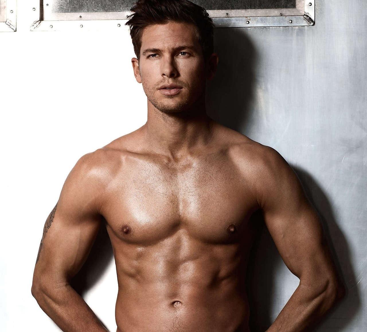 Модели нижнего белья мужчины фото