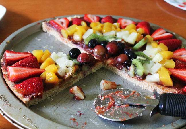 Avocado-Lime Whip Fruit Medley Pizza In A Sugar Cinnamon Crust Recipes ...