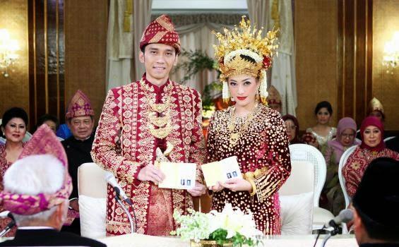 Ibas Yudhoyono dan Aliyah Rajasa