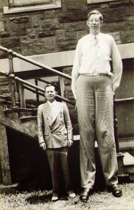 Robert Wadlow: Story of the Tallest Man who Ever Lived | Gloritastic
