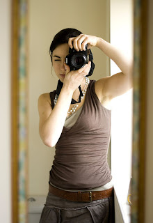 A sexy photographer, Digital SLR camera, photography tips, art photography