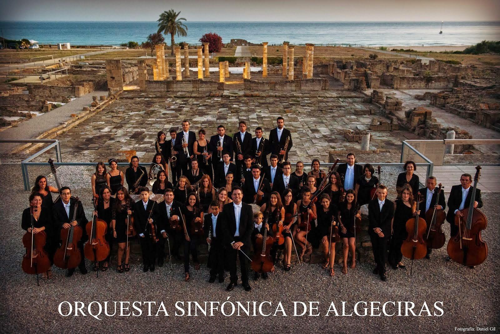 esta noche Español besando en Algeciras