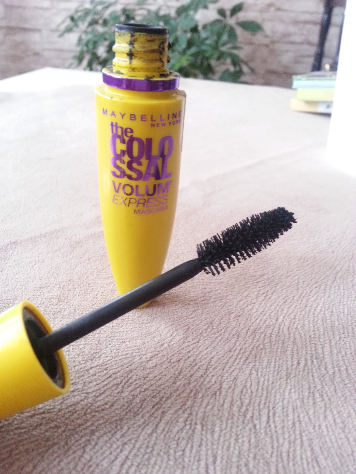 Shop Beauty Products - At m Today Volum Express The Falsies