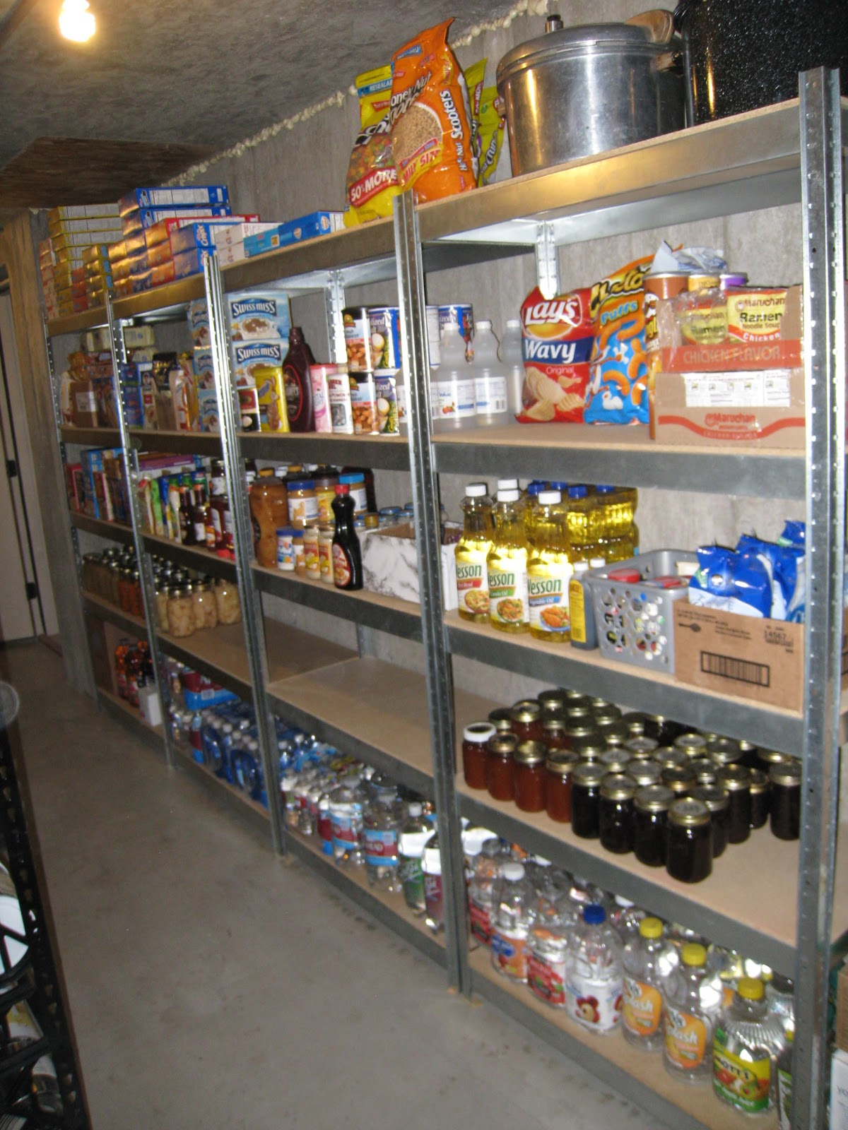 food storage where do i put my food storage e 39 s organized food