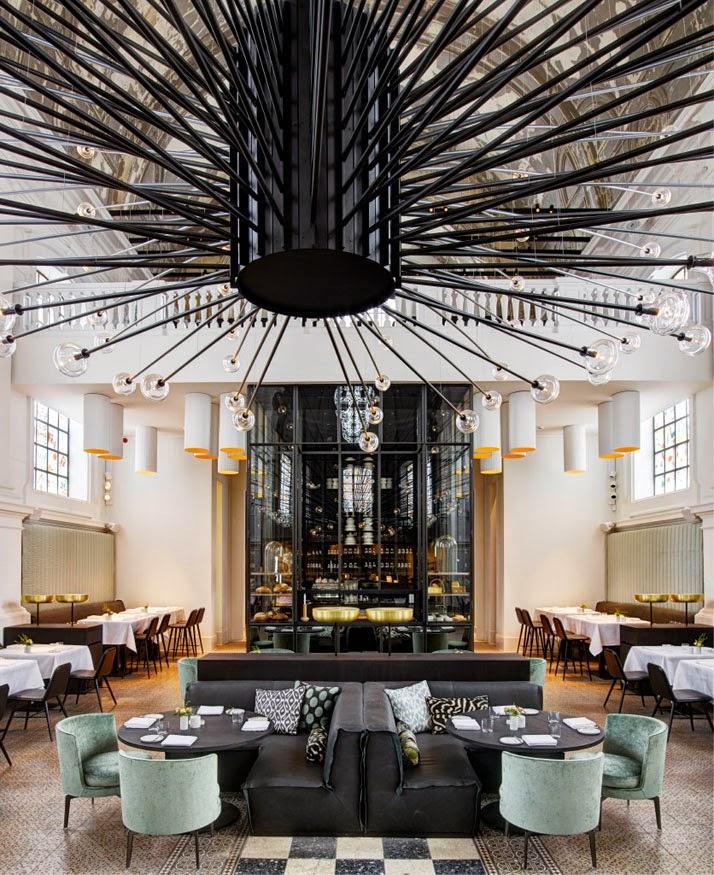 Una iglesia transformada en restaurante en Amberes5