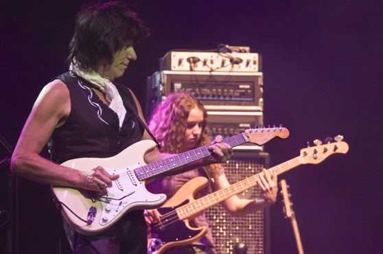 Photo of Jeff Beck and Tal Wilkenfeld by Mandy Hall