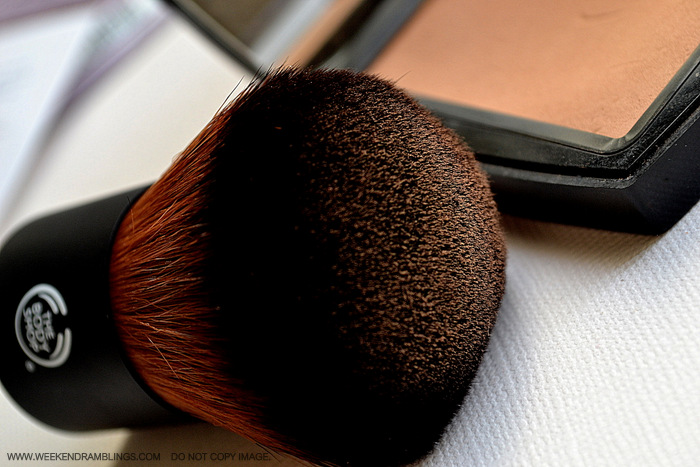 TBS Extra Virgin Minerals Foundation Best Good Makeup Brushes Indian beauty Blog Review