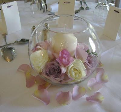 Se mi sponsor mi sposo proposte low cost per centrotavola e decorazioni varie - Petali finti ikea ...