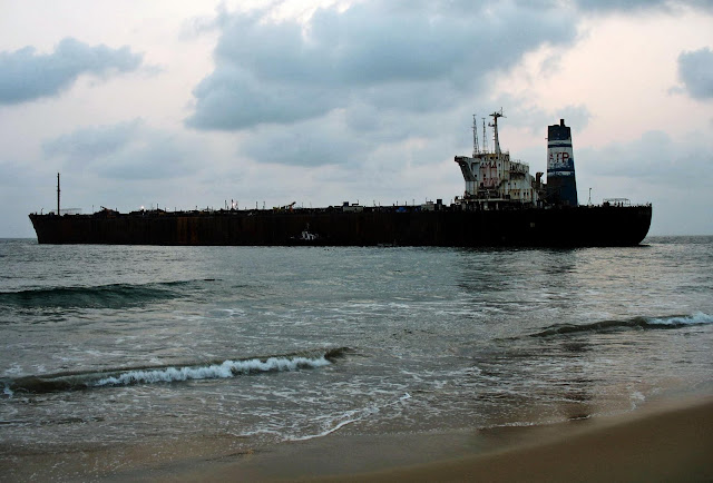 ship run aground in Goa