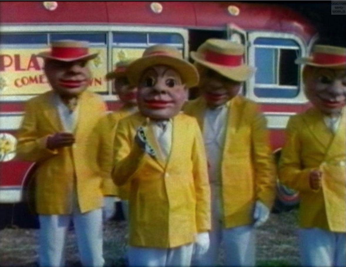 Doctor Who S08 E01 Terror of the Autons, E One ...