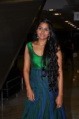 playback female singer smitha rwalk hot images