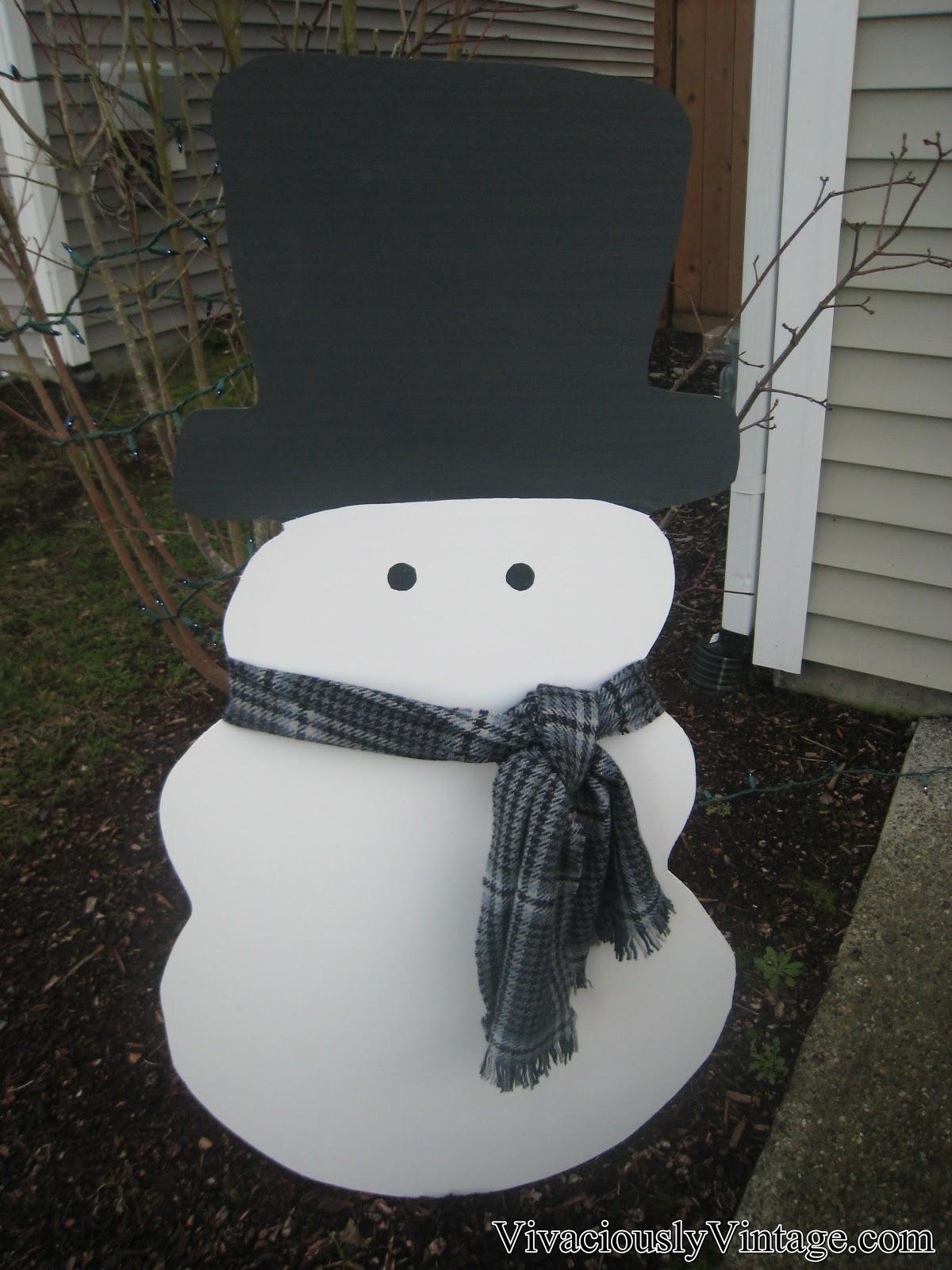Ansley designs diy snowman yard decoration for Snowman decorations