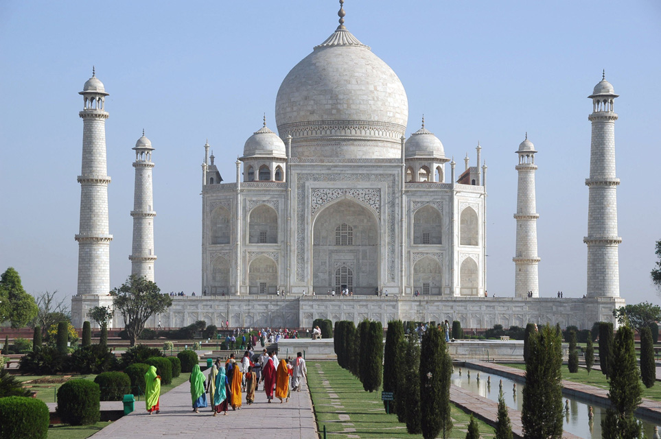essay of historical place taj mahal Essay on how to save monuments of india pleae quick 011-40705050 or call me built by different kings, throw light on the past history of india taj mahal thousands of tourists visit india to have a glimpse of its important historical places taj mahal is one of the most famous and.