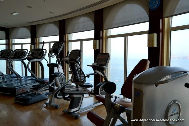 Oceanic Hotel's fitness center