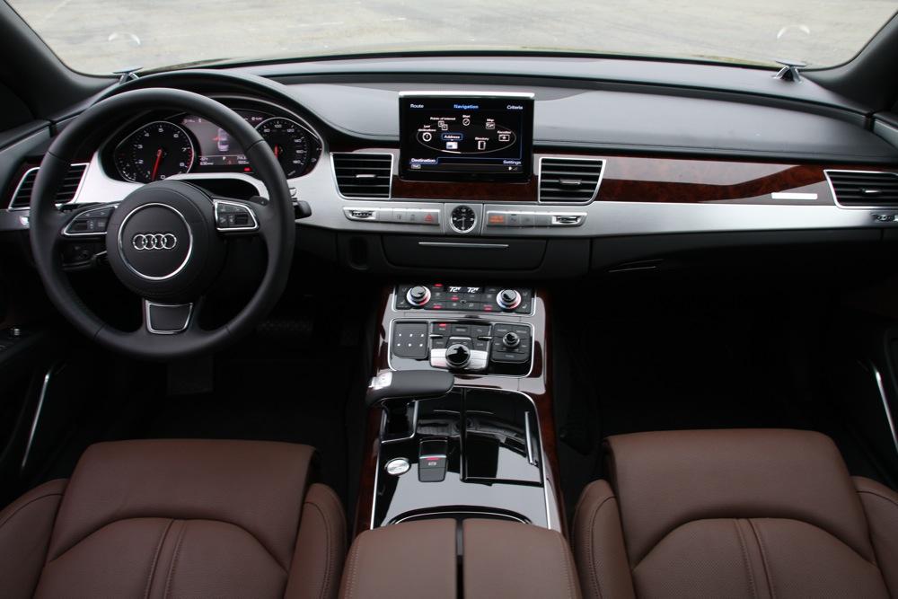 2011 Audi A8 INTERIOR DESIGN