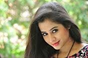 Swathi Dixit Glamorous photo shoot stills-thumbnail-2