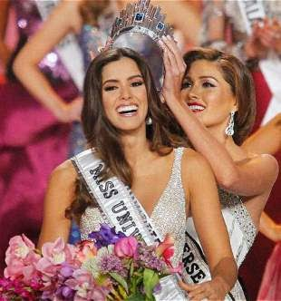 COLOMBIA ES MISS UNIVERSO 2015