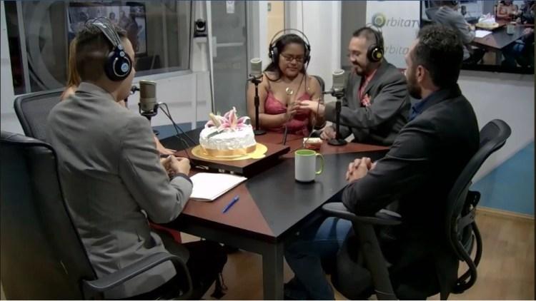 BODA EN DIRECTO EN LA RADIO DE EL SALVADOR