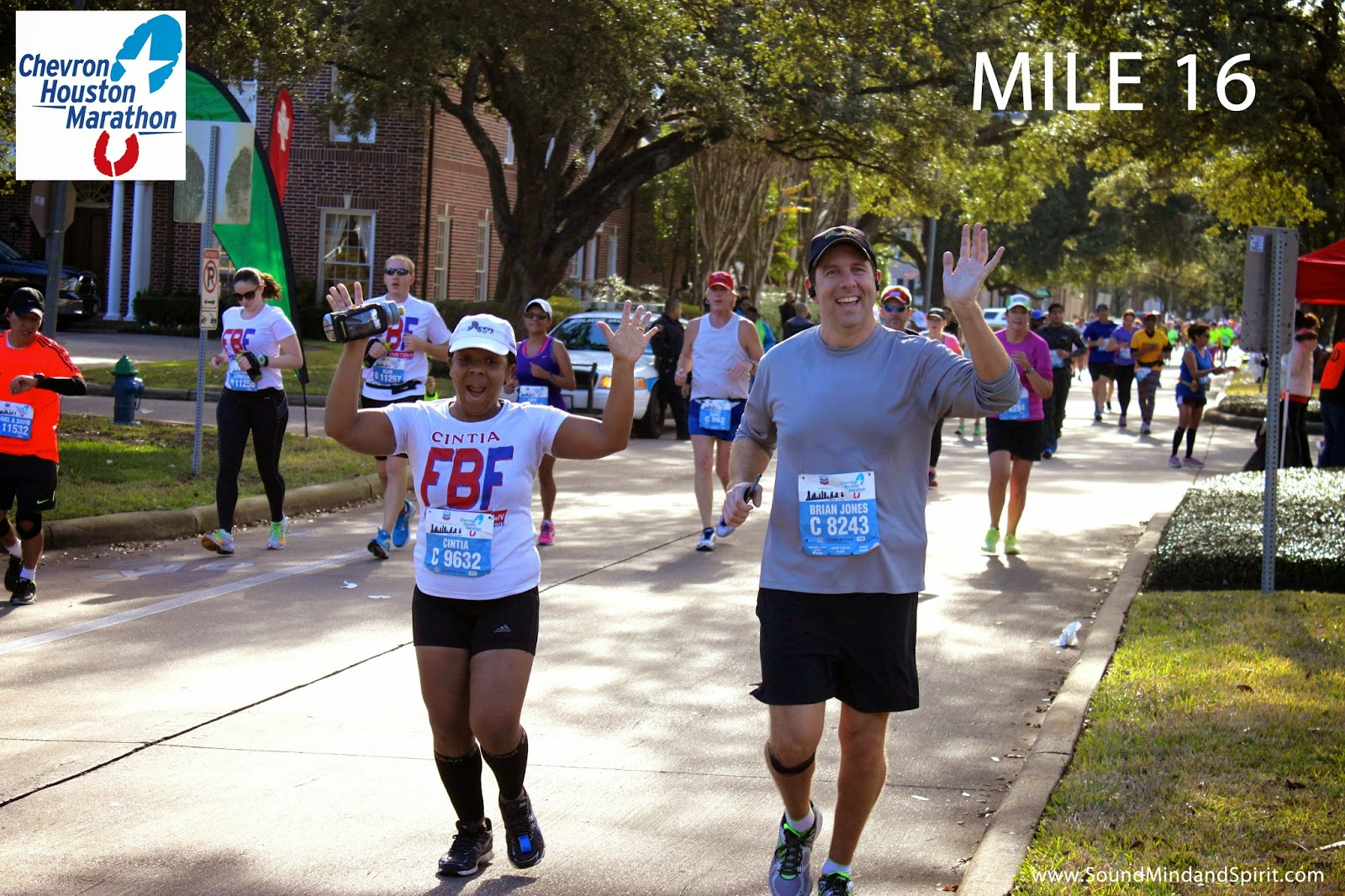 Smiles at Mile 16 with Simply Cintia -  A Chevron Houston Marathon Review