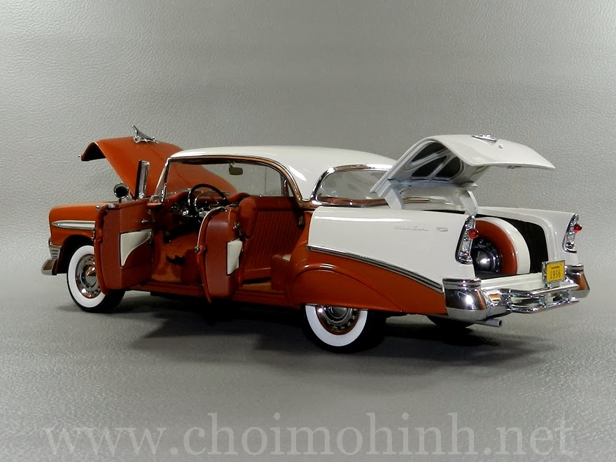 Chevrolet Bel Air 1956 1:18 Precision Miniatures door