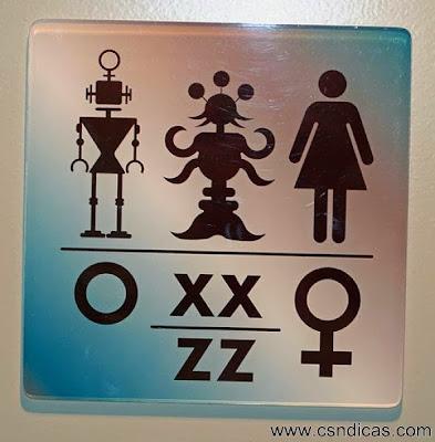 Placas Engraçadas de Banheiros do Facebook