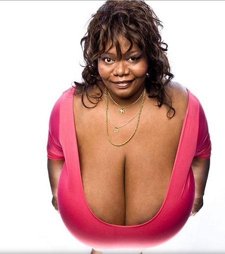 women with the largest breast № 332313