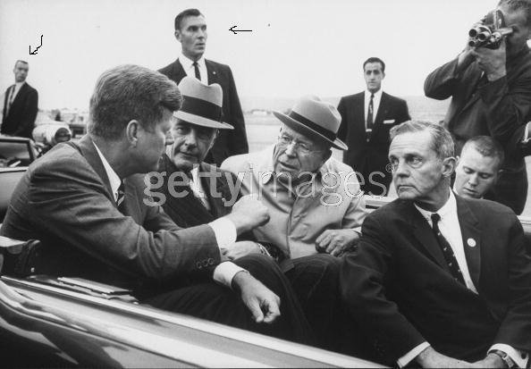 SA's Tom Fridley & Bob Lilley beside JFK's limo in Pittsburgh 1962