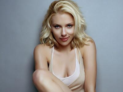 Scarlett_Johansson_wallpaper_2