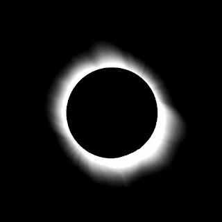 http://3.bp.blogspot.com/-Sn-1NGQY3VY/T4OkBtjCqII/AAAAAAAAJis/TV6Rv1NCxy8/s1600/SteveHarris+total-eclipse+swh.jpg