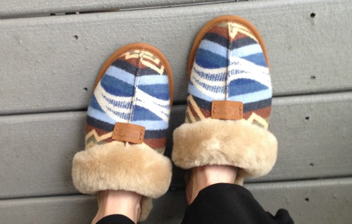 Pendleton x UGG collection slippers