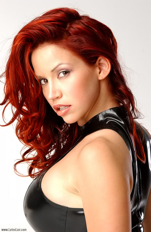 "CELEBRITY PHOTO MANIAC: Bianca Beauchamp,A self-described ""scrapper ..."