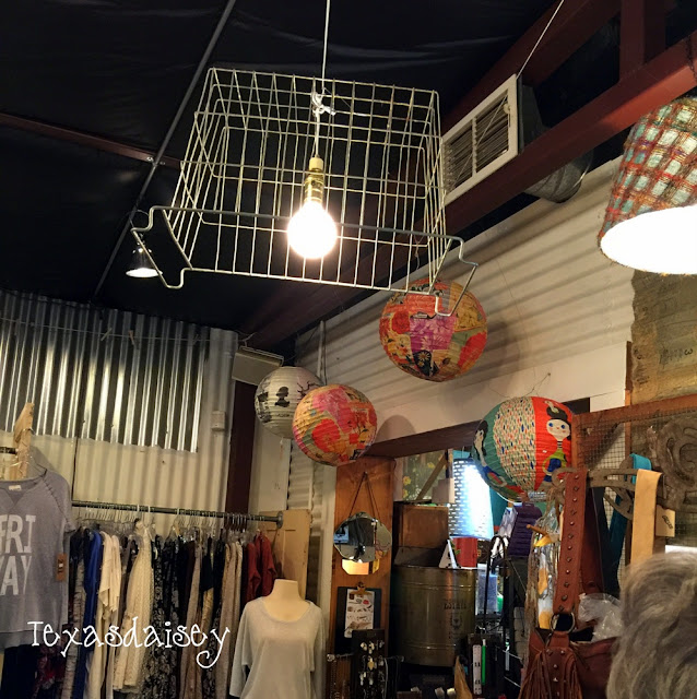 You have got to see this cool store...Ballyhoo...Not to be missed!