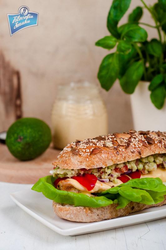 Przepis na sandwich z kurczakiem i guacamole