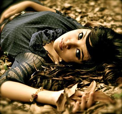 Shila Amzah - Patah Seribu Lirik dan Video