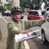 Ciclista y conductor se enfrascan verbalmente por incidente [video]