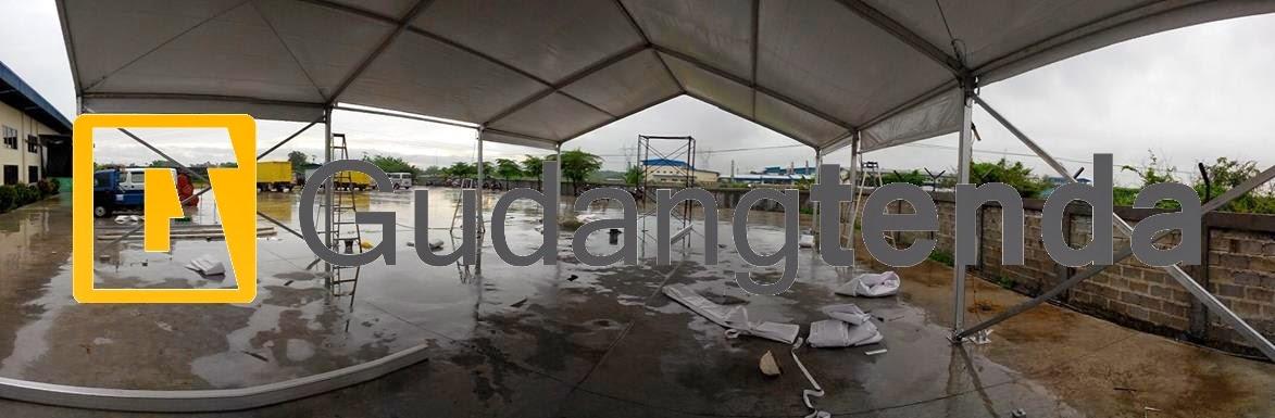Instalasi tenda gudang dengan ukuran 10x15 memakan waktu 6-7 jam