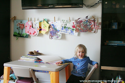 Simple DIY Childrens' Art Wall